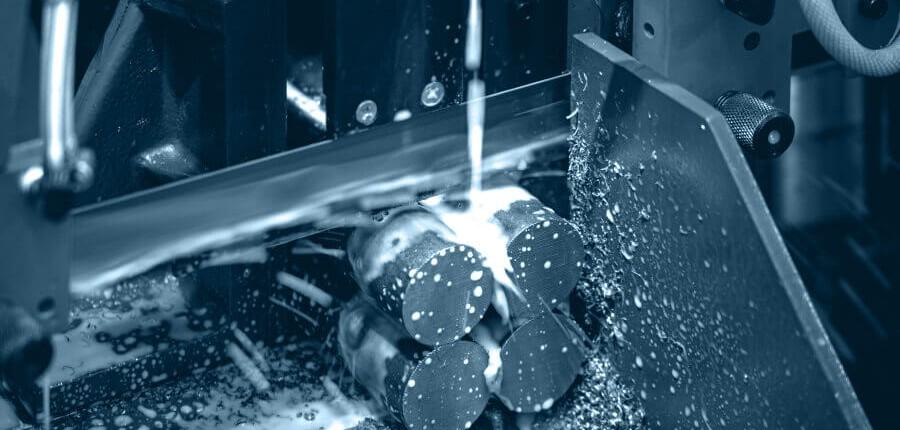 Cięcie piłą taśmową CNC